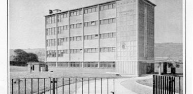 Whitehaven 19 -NX9717 Whitehaven College of FE 1955